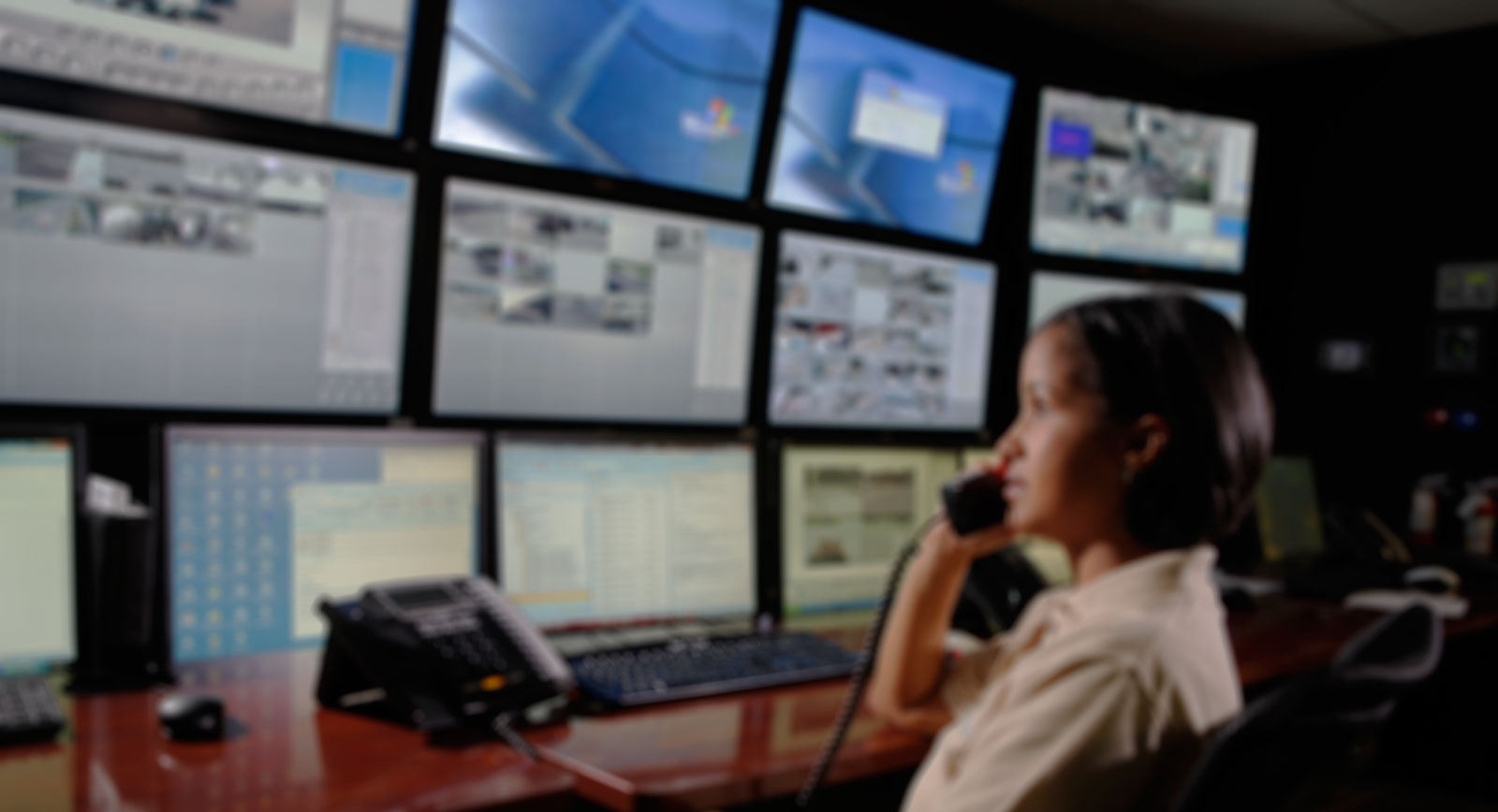 5 Benefits Of A Ul Listed Central Command Center Ecamsecure
